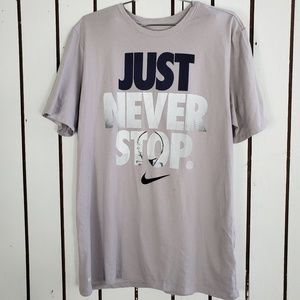 Nike graphic tee light purple size L